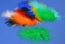 Crafting with Feathers / Feathers in all colours, types & sizes for crafty projects.