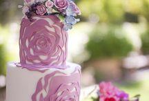 Wedding Cakes / Autumn inspired wedding cake, perfect for a creative bride