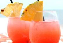 Breezy Beverages / Pack your bags and your drink umbrellas, because we've got the perfect beach beverages for your stay here in beautiful Virginia Beach!
