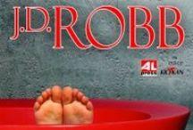 J. D. Robb / J. D. Robb je pseudonym světové autorky bestsellerů Nory Roberts pod kterým píše detektivky