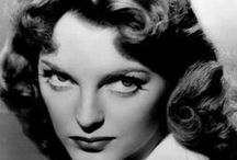 Glamour Girls-Julie London