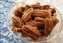 Nutty Munchies / Easy and convenient pecan snacks for at home or on-the-go!