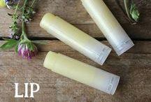 Homemade beeswax lip balm recipes