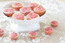 Muffins & More Muffins