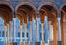 RUTA DE ANIBAL GONZALEZ / Ruta de Anibal Gonzalez, Conozca en un exclusivo paseo la vida y obra de este insigne arquitecto sevillano. Su impacto en el urbanismo y modernismo de la ciudad de Sevilla en el 29 y su exposición Iberoamericana.
