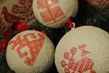 Joulupallot / Jouluisia palloja eri tekniikoilla