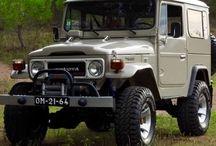 BJ40 / TOYOTA LAND CRUISER BJ40-1981-FRAME OFF/ENGINE RESTAURATION