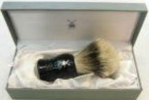 Pennelli da Barba - Shaving Brushes / http://www.lorenzimilano.it/rasoi-a-mano-libera/pennelli-da-barba.html i nostri migliori pennelli da barba: con rasoio, con ciotola, in setola, in tasso, con manico in ebano, in corno venato, da viaggio.