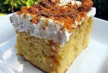 Cake Recipes / by Jonna Dingus