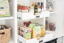 Organized Pantry / Find the best ways to organize a beautiful kitchen pantry!