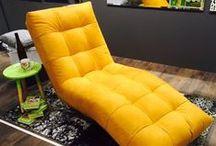 PUSTITE FARBY K VÁM DOMOV / Pustite farby aj k vám domov. Stačí interiér doplniť nábytkom v kontrastných farbách a úloha je splnená. Čím viac farieb zapojíte, tým bude priestor pôsobiť živšie a veselšie. Zahrajte si a neobmedzujte sa v kombinovaní pestrofarebných odtieňov. Inšpirujte sa v SCONTO Nábytku!