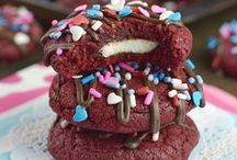 valentine's day recipes + ideas / valentine's day crafts and recipes for him and her! Fun treats for kids and sweet ideas everyone will love.