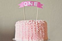 CAKES: first birthday / I had so much fun planning my daughter's first birthday that I still enjoy collecting lovely pictures of first birthday cakes... even as she is about to turn 3! These cakes are cute, fun and made to be smashed! / by Bélinda Monpremier