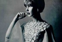 fashion history / vintage fashion photographs; a celebration of the styles of yore