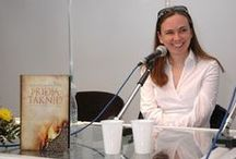 Yrsa Sigurdardóttir / Islandská královna detektivního žánru, její knihy a různé další doplňující informace...