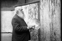 """FRANCE / Monet Claude (1840-1926 ) / Naast een bevlogen schilder was Monet een gepassioneerd tuinier. Toen hij in 1890 in Giverny het roze huis met de groene luiken kocht, legde hij de omringende tuin aan zoals hij zijn impressionistische schilderijen penseelde. Zelf zegt Monet """" Ik had tijd nodig om mijn waterlelies te begrijpen"""""""