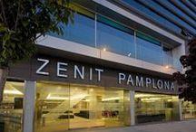Zenit Pamplona / El Hotel Zenit Pamplona se encuentra a 5 minutos en coche del centro de Pamplona y a 2 km del aeropuerto. Las instalaciones del hotel incluyen conexión Wi-Fi gratuita, sauna y gimnasio. Hotel Zenit Pamplona, C/X Nº 1, Parque Comercial Galaria 31191, Pamplona, NAVARRA, España Telf: 948292600 Email: pamplona@zenithoteles.com http://pamplona.zenithoteles.com