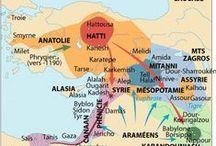 """Tijdperk 2 / Hettieten ca. 1570-650 v.C. / Ze werden""""Hatti"""" genoemd de koningen die omstreeks 1650 v.C het Hettitisch rijk stichtten op de hoogvlakte van Anatolie in het hartje van het huidige Turkije."""