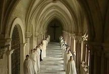 Musique chrétienne / Une collection de vidéos de musique chrétienne qui proviennent de divers artistes francophones et autres.