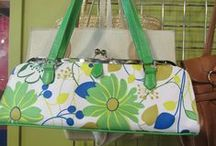 Fashion By Goodwill / It's unbelievable what you can find at Goodwill! Spring handbag just $4.99!