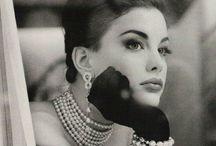 -Vintage; / L'eleganza è la sola bellezza che non sfiorisce mai♡