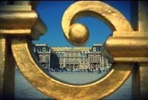 Wersal / W podparyskim Wersalu znajduje się królewski zamek, słynący m.in. ze wspaniałych ogrodów w stylu francuskim