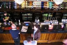 J.D. Wetherspoon / J.D. Wetherspoon plc, meestal kortweg Wetherspoon of Wetherspoon's genoemd, is een pubketen in het Verenigd Koninkrijk en Ierland. In 1979 opgericht in Londen door Tim Martin.  J.D. Wetherspoon plc, also known as Wetherspoon or Wetherspoon's is a pub chain in the UK and Ireland. Founded in 1979 by Tim Martin.