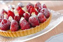 いちご レシピ / ご褒美に、プレゼントに!抜群の甘さ、デザートに最適です!愛らしいイチゴは、甘酸っぱくてさわやかなおいしさだけでなく、美肌や、健康を維持する上で必要な栄養素や成分を含んでいます。