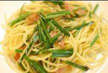 花ニラ レシピ / 花ニラは一般的に中国料理の炒め物に用いられる事が多いです。独特の歯ざわりがあり、風味は葉ニラほど強くはなくほんのりと甘みがあって美味しいです。