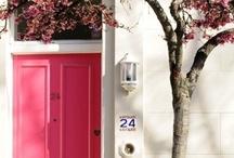 Doors | Portes / Colourful doors