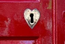 Valentine's Day / Love, Valentine's day. Valentine Ideas, sweet treats, hearts, valentines decor. / by Samantha Perkins
