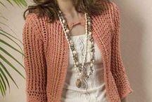 Crochet y Knitting / by Maeve Thompson