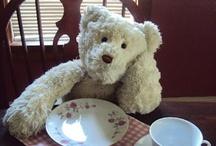 Teddy Bears  / by Maeve Thompson