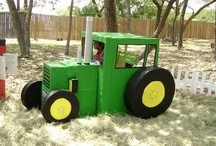 Farm / Tractor Birthday Party / Birthday party ideas, organization, food, recipes, crafts, and DIY decor ideas for celebrating! Kids will love this fun party theme!