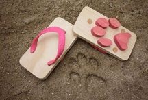 Pet-Inspired Products / Dog, Cat and Pig inspired products.