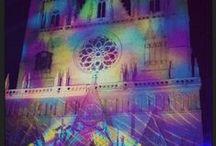 MAMA loves la Fête des Lumières / Du 6 au 9 Décembre a lieu la #fêtedeslumières à #Lyon.  Merci à tous ceux qui nous ont envoyé leurs photos. Voici notre sélection.