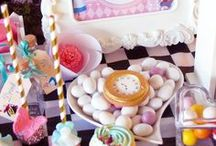 Alice in Wonderland Sweet Table / Alice in Wonderland Christening  Cake&sweets by Nana&Nana Cakes www.nanaenanacakes.com Event Rossella Mareschi Graphic The Party bag