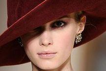 eleganza e stile / il fascino delle cose belle. abiti,gioielli,accessori,e altre meraviglie