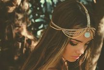 Hair Accessories / Cute hair accessories that would be the perfect addition to types of outfits from casual to formal