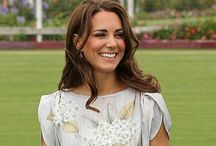 Kate Middleton Style / Get the hottest looks worn by the Duchess of Cambridge, Kate Middleton. She looks gorgeous whether she is dressed to play a sport or dressed for a special occasion