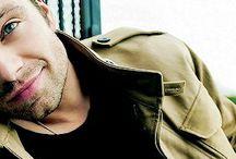 Sebastian Stan ❤
