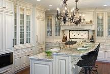 Kitchens / Learn more about VANDYK's Design Studio. Visit www.vandyk.com/design-studio