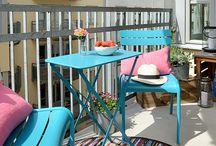 Balconaggio / Su balconi fioriti Ha passeggiato la mia anima... (Alda Merini)