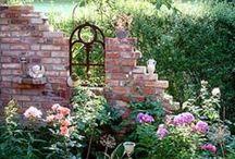 Il giardino dei sogni / Se possedete una biblioteca e un giardino, avete tutto ciò che vi serve. (Cicerone)