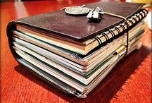 Midori &co / Quando viaggio mi piace avere qualcosa di interessante da leggere, per questo porto sempre con me il mio diario.  Oscar Wilde