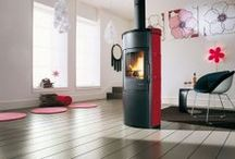 Red Wood Burning Stoves and Interior Design Inspiration / Pictures of red wood Burningstoves. Pictures of wood Bunring stoves that compliment red as an interior design colou