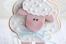 Húsvéti kekszek / Húsvétra meríts ötleteket a húsvéti kekszek albumból Vásárolj meg hozzá minden alapanyagot és eszközt a GlazurShopban! http://shop.glazur.hu / by Glazur Shop
