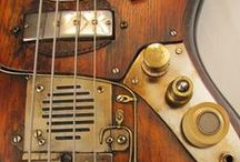 Basses / All things bass...