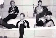 5sos Fam✌/The Mystic Squirrels / Hey guys!! :) Thanks for joining this board! :) Invite your friends...lets get this board huge! :) ❤ (please only pin things that are 5sos related)