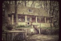 Haunted Places / Interesting haunted places to visit
